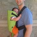 BabyBjörn baby Bjorn 嬰兒背帶 比ergo baby 好背babybjorn