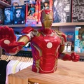 【ZOO TOYS 玩具店 】鋼鐵人半身雕像存錢筒