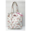 Cath Kidston  กระเป๋าสะพาย  Book bag Bleached Flowers white
