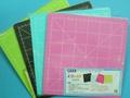 彩色切割墊 萬國牌 切割板 切割板/一片入{定50} PVC軟質 MIT製 20.5cm x 20.5cm