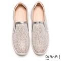 DIANA 絕美魅力-奢華水鑽微尖極修飾輕量休閒鞋-銀 9378-26