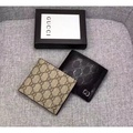 Gucci Gucci ชายเสื้อหนังสั้นคลิปกระเป๋าสตางค์กระเป๋าสตางค์กุชชี่พับได้ 473916