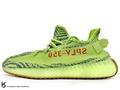 2018 版本 第二次上市 嘻哈歌手 Kanye West 設計 adidas YEEZY BOOST 350 V2 SEMI FROZEN YELLOW 低筒 螢光黃 深藍 斑馬 PRIMEKNIT 飛織鞋面 ZEBRA SPLV-350 (B37572) !