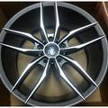 售全新輕量化5孔112 18吋鋁圈+225/40/18跑胎