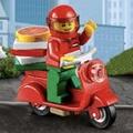 LEGO 60097 披薩送貨員 + 紅色  偉士牌
