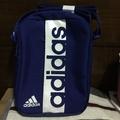Adidas小側背包