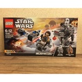 LEGO 75195 Ski Speeder vs First Order Walker