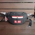 กระเป๋าคาดอกSupreme#Hb171