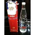 珍稀博物館  品牌evian 1998年玻璃瓶裝聖誕紀念版礦泉水  未開罐   1998年收藏品