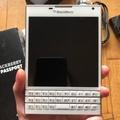 二手空機Blackberry Passport黑莓護照機 白色