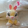 迪士尼 粉紅蝴蝶結 邦妮兔 玩偶吊飾
