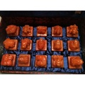 紅田黃獸章15寶一套,重量約8千克