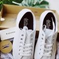 รองเท้า Converse LEA JACK PURCELL สีขาว รุ่นหนัง มือหนึ่ง size 5.5 USA, 24.5 JPN ซื้อจากประเทศญี่ปุ่น -MADE IN INDONESIA