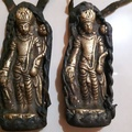 西藏帶回老件~銅製牛皮包覆老神像~ 一個1500元~