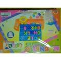 多功能玩具 可白板筆寫字板子兩面可使用 有數字磁鐵 英文字母磁鐵 加減乘除磁鐵 可收納 久置二手價出清 兒童學習的好幫手