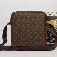 Louis Vuitton LV男背包 側背包 斜背包 肩背包#849