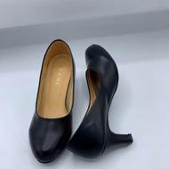 Penne/Dosika รองเท้าผู้หญิงคัชชูนักศึกษา/ทำงานมีส้นหัวมน สีดำ ไซส์ 36-41 สูง 2 นิ้ว สินค้าพร้อมส่ง!