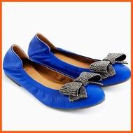 Best Seller High Quality Fiftysix พร้อมส่ง รองเท้าหนังแกะ รองเท้าส้นเตี้ยหนังแกะ รองเท้าคัชชู รองเท้าใส่ทำงาน รองเท้าแฟชั่นรุ่น Bonita Blue รองเท้าผู้หญิง รองเท้าส้นสูง รองเท้าส้นแบน รองเท้าทำงาน สินค้าขายดีและมีคุณภาพสำหรับคุณ