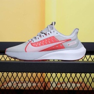 Ni ke_Zoom Strike 2 Non-SLIP สวมใส่ low-Cut ลำลองรองเท้ากีฬาวิ่งมาราธอนรองเท้า