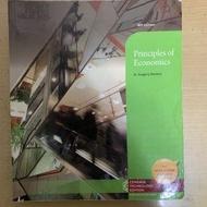 principles of economics by Mankiw 8e/經濟學課本