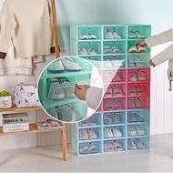 [11 สี] กล่องรองเท้า shoes box กล่องเอนกประสงค์ ฝาหน้าเปิด-ปิด แพ็ค 3 กล่อง แข็งแรง วางซ้อนต่อได้หลายชั้น ป้องกันน้ำ ฝุ่น แมลง ชั้นวางรองเท้า ตู้เก็บรองเท้า กล่องพลาสติก กล่องใส่ของ กล่องใสรองเท้า กล่องใส่รองเท้าพลาสติก แบบอ่อน 33*24*13 cm