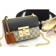 專櫃全新正品 Gucci Padlock Small GG Shoulder Bag 黑色拼接鎖頭鍊帶小型肩背包 現貨