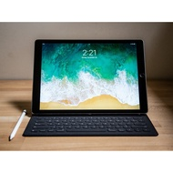 iPad Pro 10.5 吋 512gb 太空灰 含Apple Pencil,Smart Keyboard(過保)