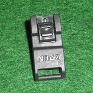 Electrolux vacuum cleaner zb3314 roller catch