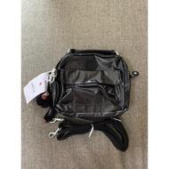 『B.G.灰色空間』Kipling 猴子包 K08249 金屬黑 輕便 休閒 防水 斜背肩背側背手提雙肩後背包多用小包
