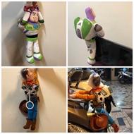 現貨🌟限時下殺❗️胡迪35公分 M號中尺寸 胡迪 巴斯光年 玩具總動員 車用吊飾 機車吊飾 汽車吊飾車頂玩偶 汽車裝飾