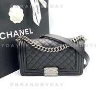 Brandbyday chanel boy 10 black caviar rhw holo 30