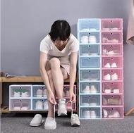 CFhomeกล่องใส่รองเท้า ฝาหน้าเปิด-ปิดพลาสติกแบบหนา กล่องรองเท้า กล่องเอนกประสงค์ แข็งแรง วางซ้อนต่อได้หลายชั้น ป้องกันน้ำ ฝุ่น แมลง ชั้นวางรองเท้า ตู้เก็บรองเท้า กล่องพลาสติก กล่องใส่ของ กล่องใสรองเท้า กล่องใส่รองเท้าพลาสติก รุ่นฝาแข็ง
