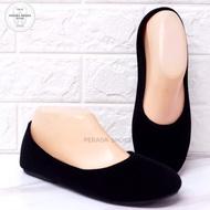 รองเท้าคัชชู เนื้อผ้ากำมะหยี สีดำ เบอร์ 35-44
