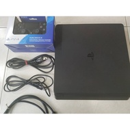 PS4 SLIM 2117A 500G 主機 二手 手把極新