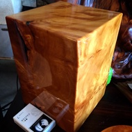 黃檜木 金磚瘤 小金磚 閃花銳利 瘤花 瘤磚 台灣檜木