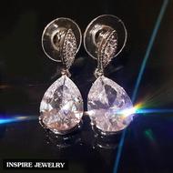 Inspire Jewelry ต่างหูเพชรCZ  งานจิวเวลลี่หรู ตัวเรือนหุ้มทองคำขาว สวยหรู (สำหรับคนแพ้ง่าย) ขนาด 1 x  2.5 CM พร้อมกล่องกำมะหยี่