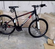 Brand New Original Trinx Bicycle M100 Elite 27.5 limited Edition