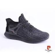 【pierre cardin 皮爾卡登】動態包覆多功能運動鞋-黑