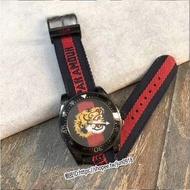 美國直郵Gucci 全新正品古馳男士經典休閒尼龍錶帶老虎刺繡潛水石英腕錶YA136215
