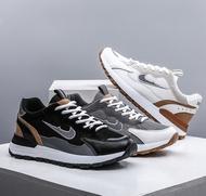ICAC รองเท้าแฟชั่น2021 รองเท้าผ้าใบลำลอง รองเท้าผ้าใบชาย รองเท้าผู้หญิง ซื้อ 1 แถม 1 รองเท้าวิ่งชาย รองเท้าผ้าใบสีดำ รองเท้าผ้าใบแฟชั่น รองเท้าคัชชูดำ รองเท้าผ้าใบผช แฟชั่นชาย รองเท้าผู้หญิงไนกี้ รองเท้าแตะชายราคาถูก รองเท้าผ้าใบ สี่สีขนาด 36-45 รองเท้าสต