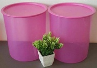 Tupperware 4.3L One touch canister in Pink (2)