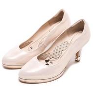 【DIANA】漫步雲端厚切瞇眼美人款--魅力動人後跟加厚尖頭婚鞋(粉金)