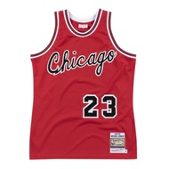 M&N Authentic球員版復古球衣 公牛隊 84-85 #23 Michael Jordan