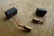 易威工作坊-碳刷電刷 電動工具 bosch 7-100 7-100ET 砂輪機適用 6.5*8*13