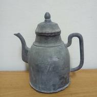 早期錫壺......
