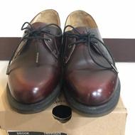 二手 Dr. Martens 皮鞋