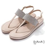 DIANA 2cm 羊紋閃耀水鑽飾平底T字涼鞋-浪漫夏日-米