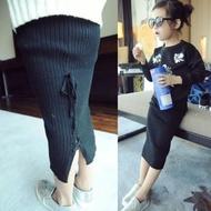 【小衣衫童裝】必備款開岔繫帶針織黑長裙(1041108)