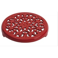 法國 Staub Lilly 鑄鐵鍋墊 餐墊 桌墊 鍋墊 圓形雕花 (灰色) 23cm