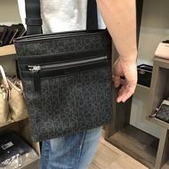 ㊣KK SHOP㊣ Calvin Klein CK 防刮PVC男側背包
